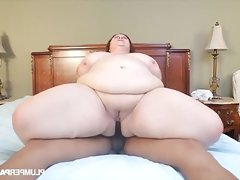 Bbw milf lady lynn enjoying the big..