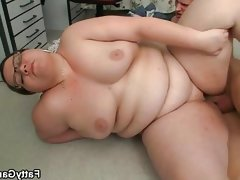 Obese chick with glasses fucked by..