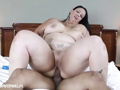 Busty bbw student fucks her driving..