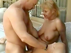 Chubby babe izzi springs being fucked..