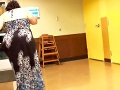 White bbw donk bouncin in a sundress