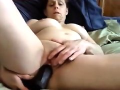 Mature cam slut with toys