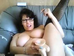 Thick slut with glasses masturbates