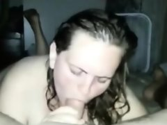 Bbw amateur loves giving rimjobs