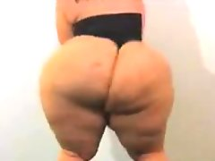 Bbw with a massive ass posing for the..